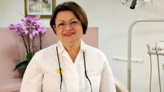 Dr. Emanuela Alexandroni, DDS