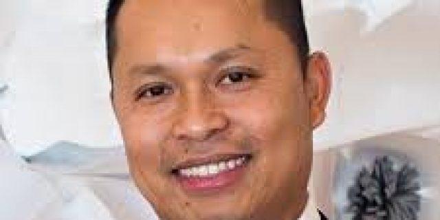 Dr. Nathan Dinh