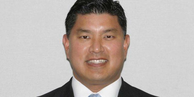 Dr. Eric Cho,DDS