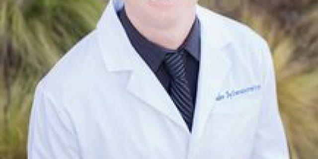 Dr. Jake Sylwanowicz,DDS