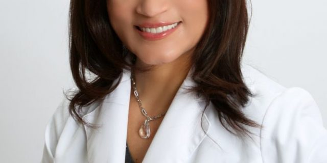 Dr. Henide Arias, DDS