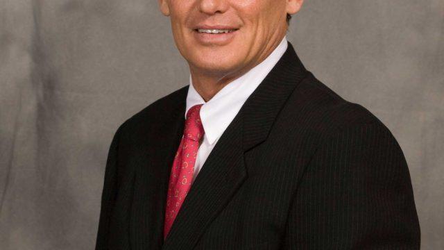 Dr. Robert F Murray, DDS