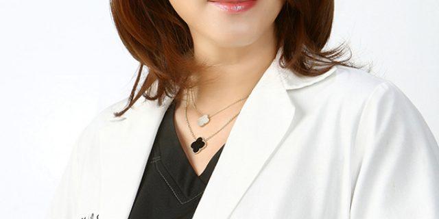 Dr. SUSAN LEE, DDS