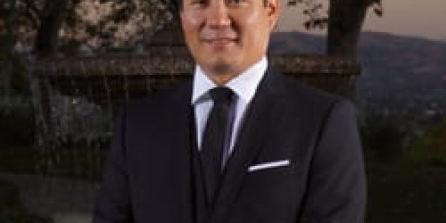 DR. WILLIAM Y. CHEN,DDS