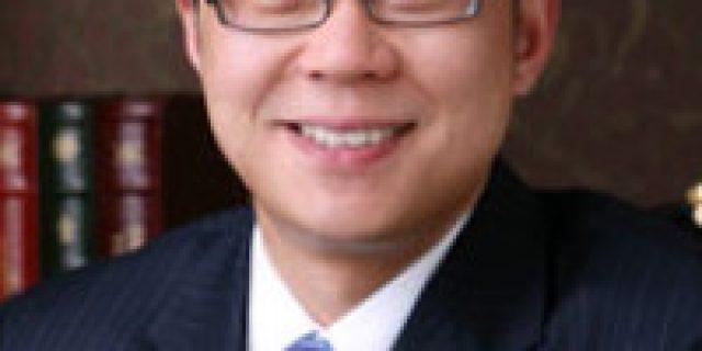 Dr. Roy Yoo